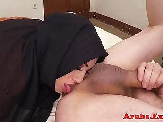 Ethnic muslim babe serving cock and ass